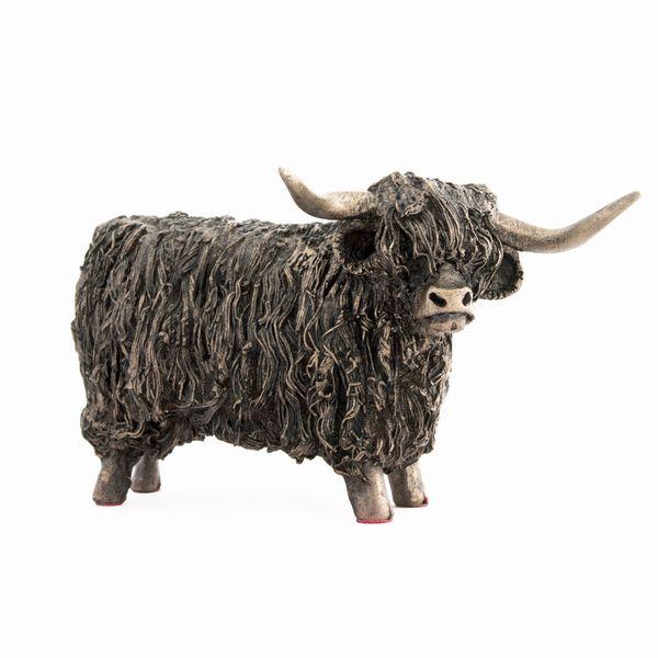 Highland Bull Standing - Small